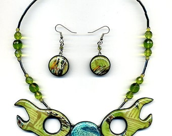 Necklace of polymer clay wih earrings Statement