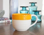 SHOP SALE Groove Mug in Orange