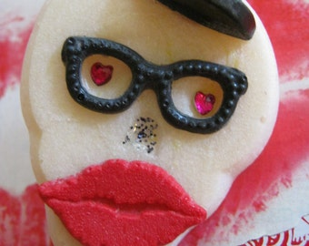 Steampunk White Skull With Heart Eyes, Glasses, Top Hat, and Red Lips Brooch