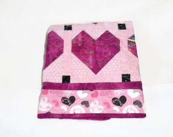 Patchwork Quilted Wallhanging, table topper, Many Hearts