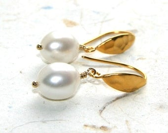 Pearl Earrings of Hammered 24k Gold-plated Sterling, Freshwater Pearls, Bridal, Mother's Day, Graduation
