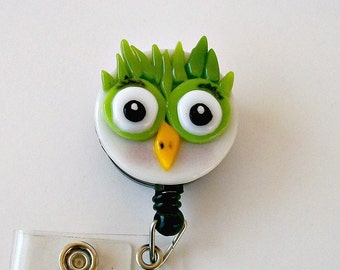 Fused Glass Owl Badge Holder (Green)
