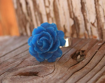 Flower Ring, Blue Rose, Gothic Victorian Big Ring, Bridesmaids Gifts  by Smash Gardens on Etsy. Bridesmaids Gift, Woodland Wedding, Fall