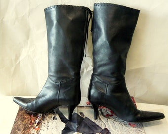 Vintage NINE WEST Drawstring Ankle Boots / size 6 .5 M Eur 37 Uk 4 / Slouch Black Leather  Skinny Kitten Heels Pointed Toe / Brazil