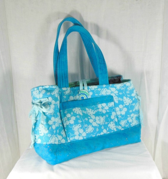 Blue beach bag, large tote beach bag, hibiscus beach bag, large beach bag, large tote bag, travel tote bag, overnight tote bag, lined tote