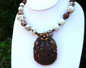 Carved Jade Pendant, Lemon Chrysoprase and Freshwater Pearl Necklace and Earring Set  N-273