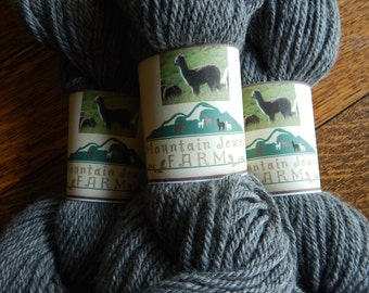 100% Alpaca Yarn Natural Medium Silver Grey Worsted Weight for Knitting Crochet 4.6 Ounces