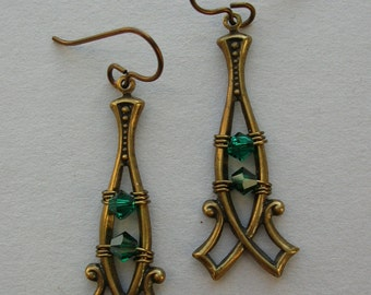 Brass Point Earrings with Emerald Green Crystals -- Double Point Brass Frame Earrings -- Swarovski Crystals in Antique Brass Scroll Frame
