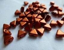 Khéops®par Puca Beads 50 pcs  Color : Bronze red matte