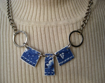Broken China jewelry - Blue transferware choker, tumbled vintage floral patterned china