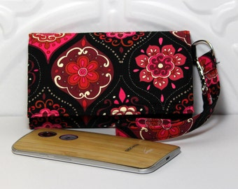 Clutch Wallet Wristlet Cell Phone Wallet iPhone Wristlet Wallet Purse / Moto X, iPhone 5/6/6 Plus, Galaxy, Lg, Nexus / Pink Red Medallions
