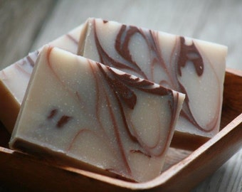 Oatmeal Milk & Honey Cold Process Soap - Rich Creamy Lather w/ Shea Butter