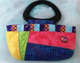 Crazy Quilt Multicolor Purse + Free Glasses / Sunglasses Case