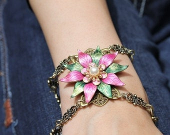 Pink and Green Flower Bracelet  with Pearl Center