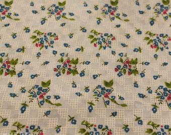 Vintage 1960s Blue Floral Printed Fabric - 3 Yards - Fabric Yardage / Fabric Yardage / Cotton Fabric/ 1950s Fabric / 50s
