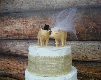 Wedding Cake Topper, Pig Cake Topper, Bride and Groom Cake Topper, Barn Wedding Cake Topper