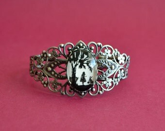 ALICE IN WONDERLAND Bracelet - Silhouette Jewelry