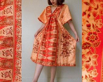 Floral  Orange Two Tone Thai Batik Short Loose Kimono Boho One Fit S-L (BT 09)