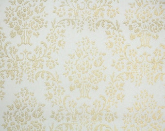 Vintage Wallpaper - Metallic Gold and White Damask