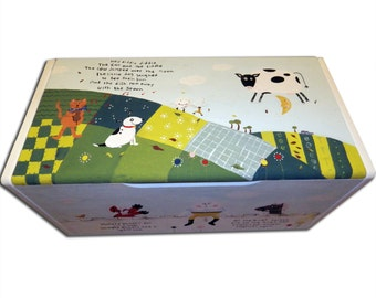 Personalized Nursery Rhyme Toy Box - Hand-painted / Children's Personalised Storage Box / Nursery Decor