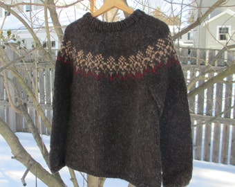 Icelandic Sweater, Women's Small, Modern Contemporary Design. Handknit Sweaters by FeltedFriends on Etsy