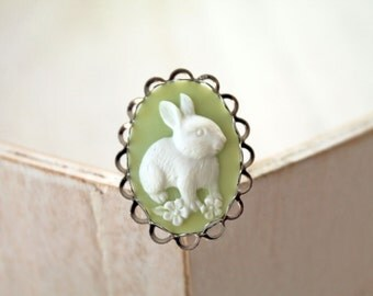 Bunny rabbit ring green Fantasy Kawaii