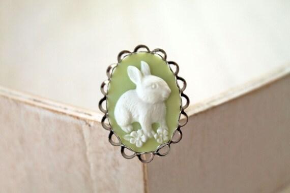 Bunny rabbit ring green Fantasy Kawaii