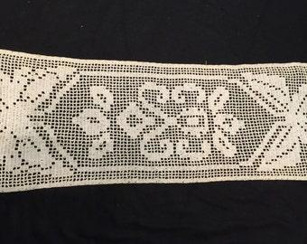 Vintage Ecru/Off White Hand Crochet Filet Crochet Butterflies Table Runner