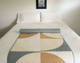 Modern Quilt - Geometric Runner - The Erwin