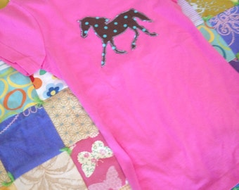Raspberry Pink with brown polka dot pony horse tshirt in size Large 14-16
