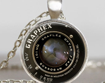 Vintage camera lens necklace, photographer gift pendant, camera jewelry, camera pendant, photography necklace,camera lover charm