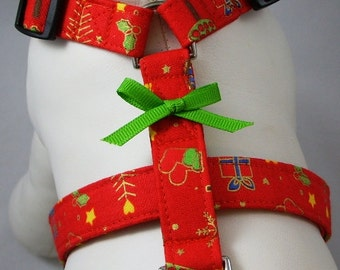 Dog Harness - Classic Red Christmas