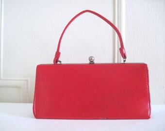 vintage 1960s lipstick red vinyl Kelly bag - retro purse, handbag, doctors bag