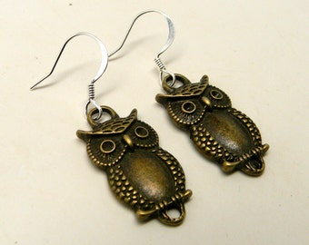 Steampunk earrings. Owl earrings.