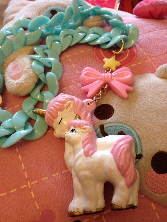 Unicorn Mother And Baby Pony Pink Bow Pastel Blue Heavy Chain Necklace