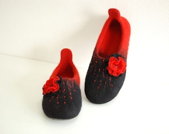Felted home slippers wool shoes red and black with flower Handmade to order