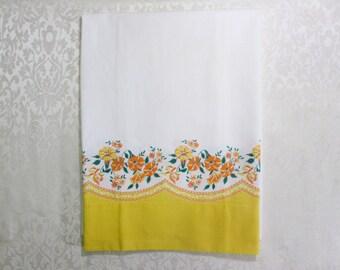 Vintage Pillowcase Border Print Pillow Case Cotton Fabric Yellow Orange Petunias Floral Unused
