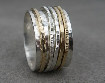 Silver and Gold Spinner Ring- Pros and Cons
