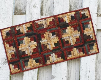 Quilted Log Cabin Table Runner (UNTRS)