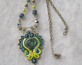 Pretty Newer Enamel Bead Lucite Ornate Necklace