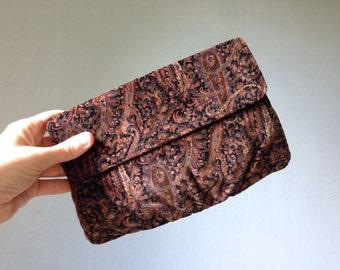 Vintage ZETA Bag • 1990s Accessories • Paisley Print Velvet Velour Handbag • Purple Violet Plum Shoulder Purse •1980s Convertible Clutch