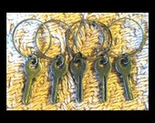 Stitch Markers: 5 Vintage Style Keys on Endless Rings