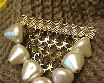 FREE SHIPPING braided chain brooch with pearl beads