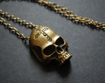Alchemist skull necklace
