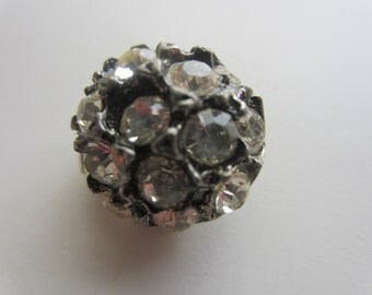 Vintage Button -  lot of 1 beautiful, 3/4 inch unique design, rhinestone embellished antique silver metal, (mar 63)