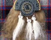 Scottish Sporran Brooch (tan)
