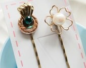Eveline - Rustic bobby pins with vintage treasures