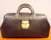 Price reduced....Nice Medisco Federal Leather Physician bag with handles and latch