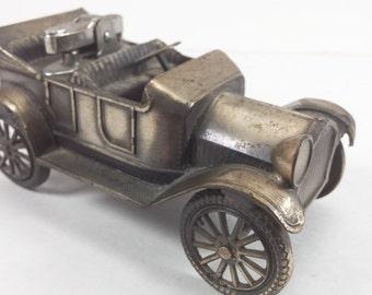 Vintage Cast iron model 1913 Cheverlot car with lighter made in Japan car lighter