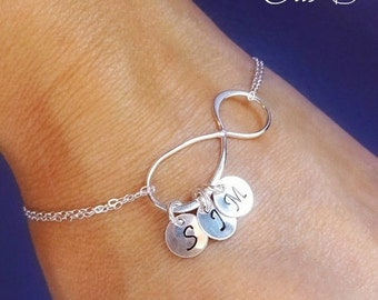 Personalized Infinity Bracelet with initials, Friendship bracelet, Mothers bracelet, Sterling silver Initial bracelet, Family initials